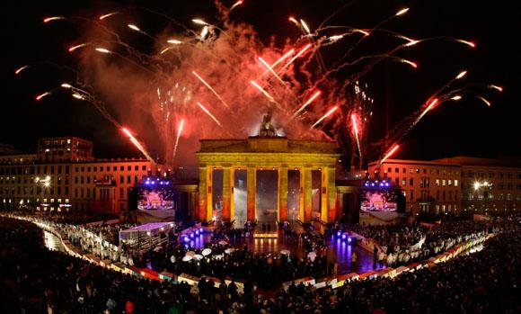 Celebrando la caída del muro de Berlín